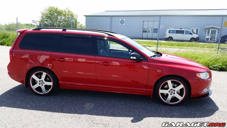 garage | Volvo V70 II D5 AWD R-Design (2010)