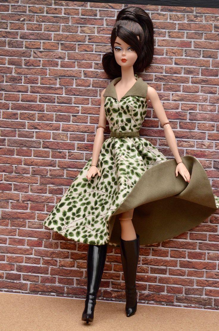 Le chouchou de ma boutique https://www.etsy.com/ca-fr/listing/532989378/vetement-pour-barbie-silkstone-misaki