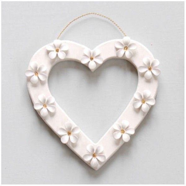 daisy heart decoration