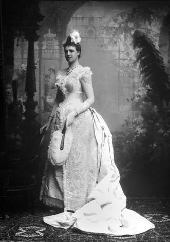 Princess Amélia de Orleães (1865-1951) in 1886