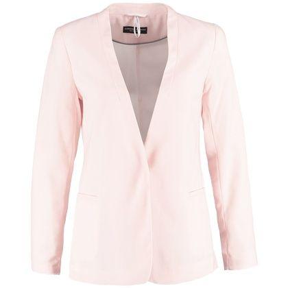 Deze leuke zomerse blazer accentueert jouw mooie smalle taille. Daarnaast komen die vrouwelijke rondingen waar jij over beschikt ook nog eens extra mooi uit. Wat wil je nog meer!? Shop hier vanaf: € 44,95