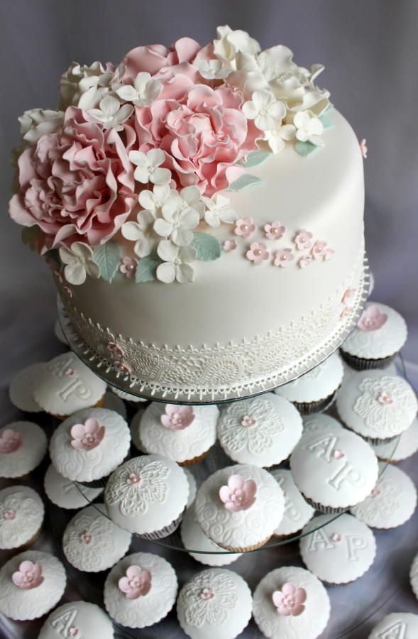 wedding set- cake adnd cupcakes – pastel colors