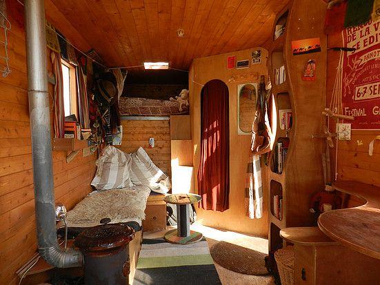 Les 8 meilleures images du tableau douche solaire sur pinterest douches douche solaire et - Decoration interieur camion ...