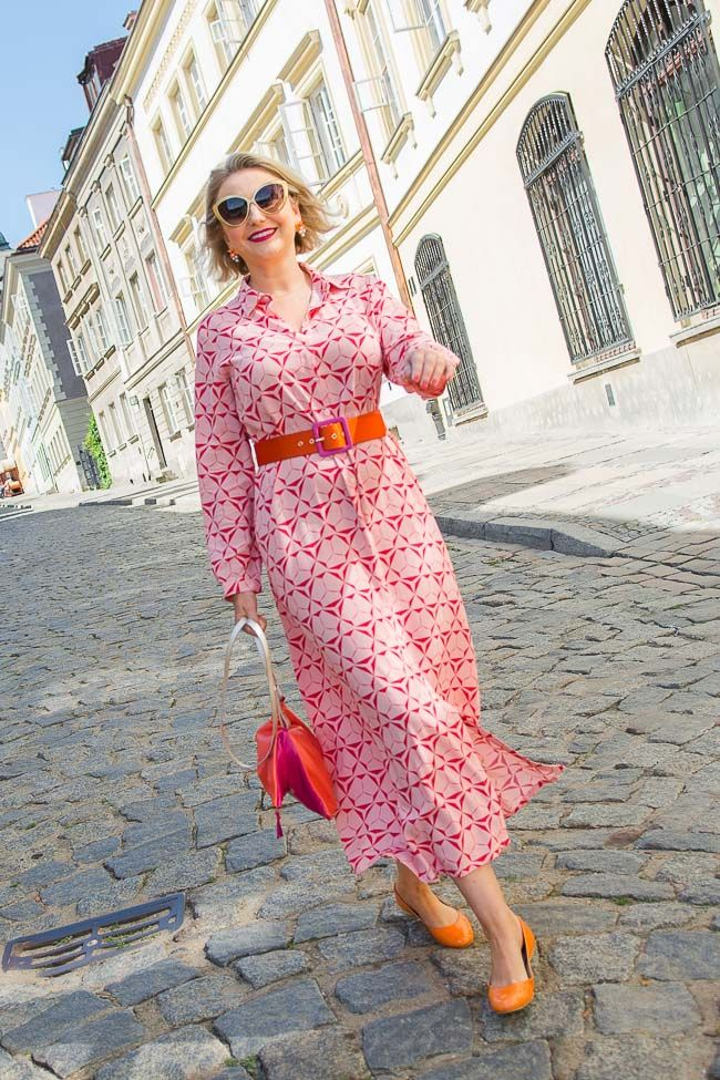 36611aad709 Maxi shirtdress and how to combine pink and orange