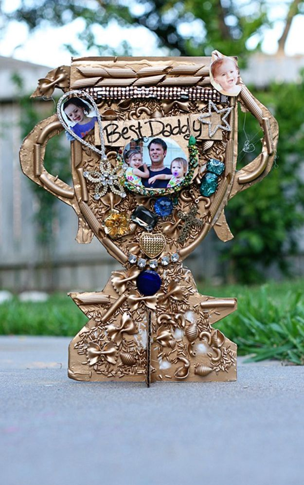 Unique DIY Father's Day Gift Ideas from Kids | Father's Day Trophy by DIY Ready at http://diyready.com/21-cool-fathers-day-gift-ideas/