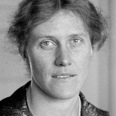 Elsa Brändström (San Pietroburgo, 26 marzo 1888 – Cambridge, 4 marzo 1948) è stata un'infermiera svedese, figlia del Generale Edvard Brändström, ambasciatore svedese presso lo zar Nicola II di Russia durante la prima guerra mondiale.