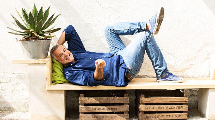 Ernst Kirchsteiger tar sig an ett förfallet orangeri - Sommar med Ernst - tv4.se