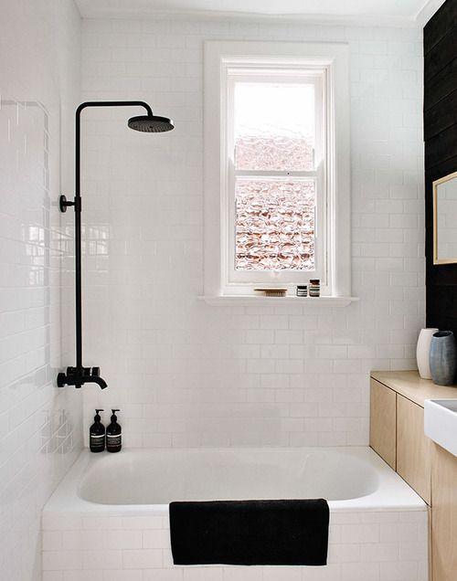 perfect small tub/shower for fresno house  small bathroom inspiration (via Share Design) - my ideal home...