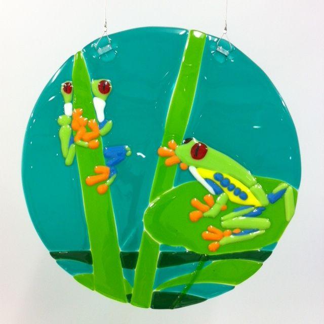 Frogs by Jan Hollidge, Glass work learner.
