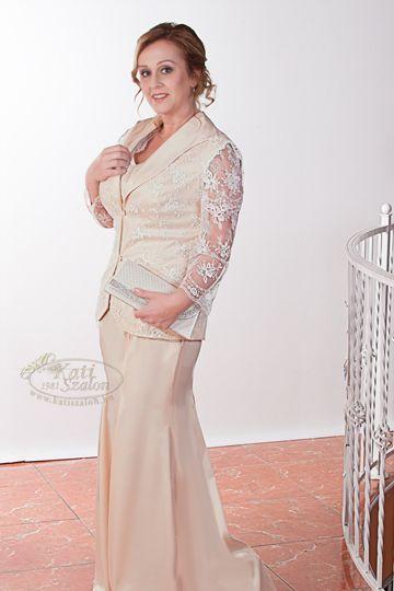 2ab7bcc247 661- 3 részes alkalmi ruha, csipke ujjas kabátkával. Polgári esküvőre,  második esküvőre