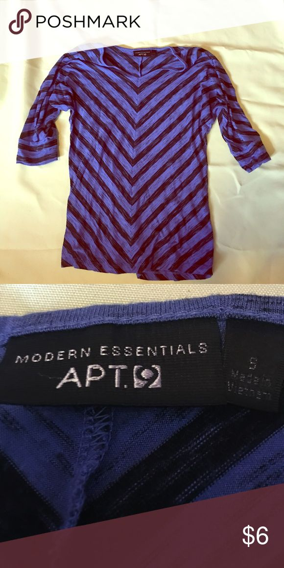 Apt 9 chevron top. Size small. Apt 9 chevron top. Size small. Worn and washed 3 to 4 times. Apt. 9 Tops Blouses