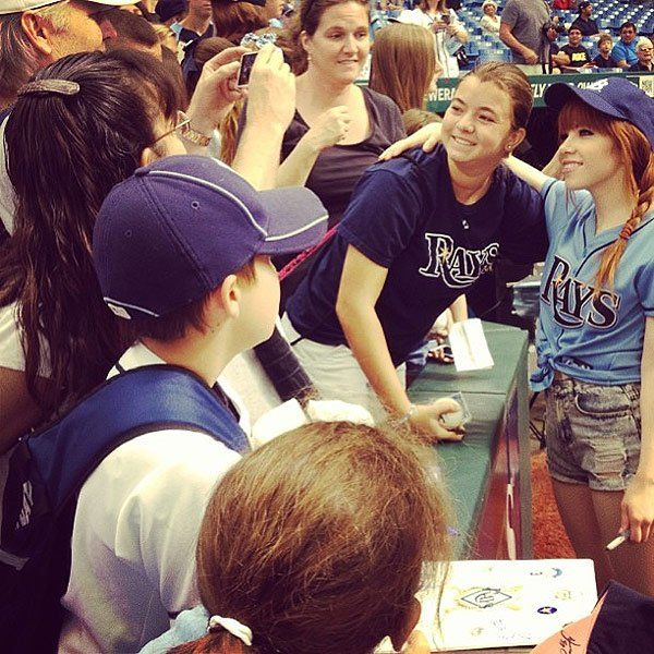 carly rae jepsen throws terrible first pitch | carly rae jepsen throws terrible first pitch at tampa bay rays game ...