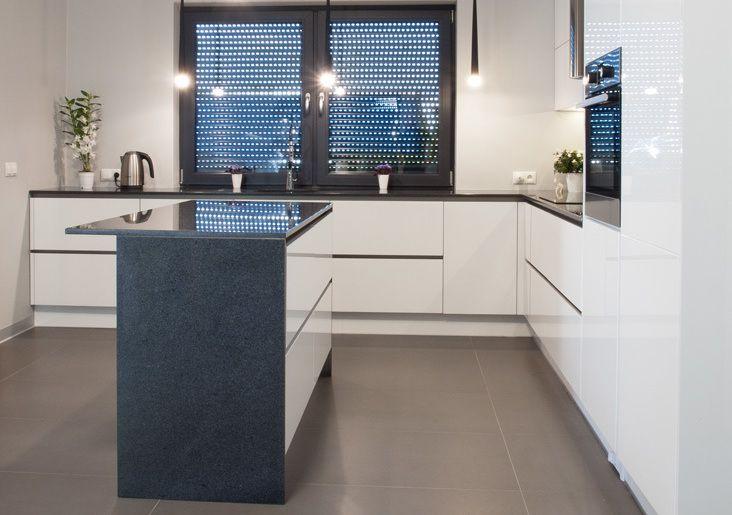 Studio Kampra Poznan Nowoczesna Kuchnia Z Wyspa Aranzacja Kuchnia Z Wyspa Aranzacje Pomysly Inspiracje Max Kuchnie Kitchen Room Home Decor Home