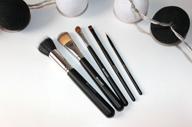 Pędzle do makijażu Brushart to dobry wybór! Znajdziesz na http://www.iperfumy.pl/pedzle-do-makijazu/?f=1-1-2-3644-15591-5189