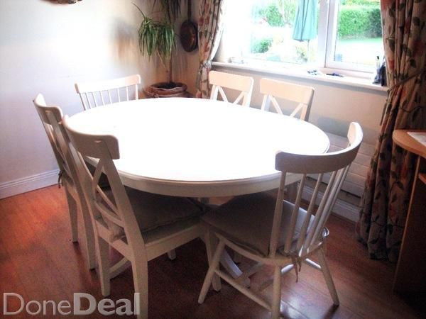White IKEA Family Kitchen table