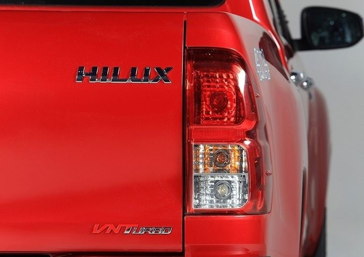 All New HIlux D Cab - Mobil Commercial Double Cabin Terbaik