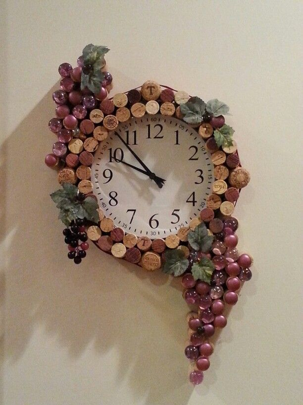 Wine Cork Clock                                                       …