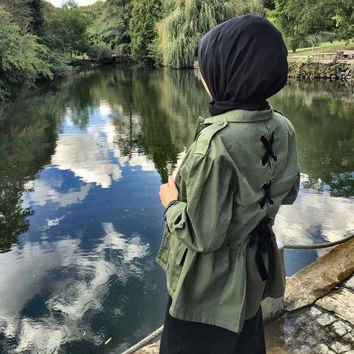 Military khaki hijab style http://www.justtrendygirls.com/military-khaki-hijab-style/