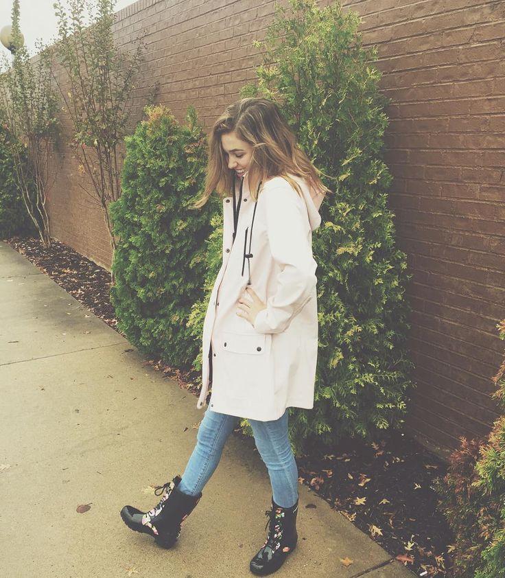 "Sadie Robertson on Instagram: ""a good ole rain day 10.23.15"""