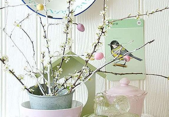 Pasen decoratie inspiratie paastak | Meer paasideeën: http://www.jouwwoonidee.nl/trends-pasen-2014/