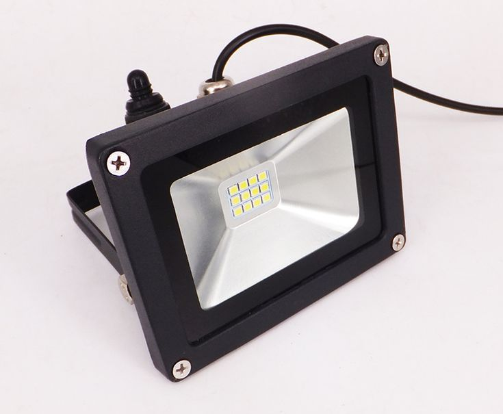 """LED Solar Flood Light! Lighting time:8-9 hrs,Short Charging Time:5-6 hrs Sensor Switch! Powerful!Substantial!Brightest!And Selected! This is what it is! Give more light to the world,light a """"Light"""" heart to lives long. #solarfloodlight#floodlightsolar#ledsolarfloodlight#ledsolarlight#solarlighting#solarfloodlighting#ledlighting#ledproject#lightingproject#project#outdoorproject"""