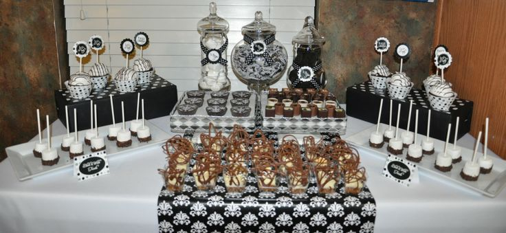 Black and White Party Centerpieces | ... to set up a black and white back drop before the guests arrived