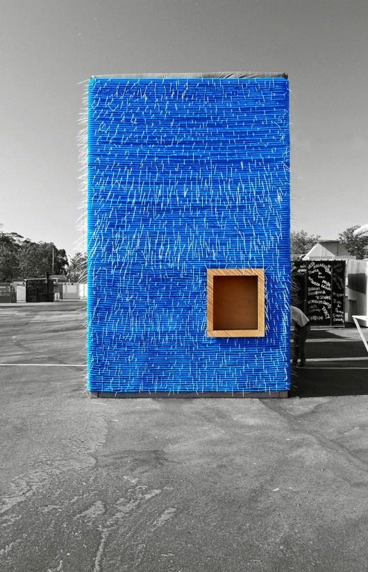 Blue Tube Bar, Porto, Portugal © DOSE + Carlos Trancoso