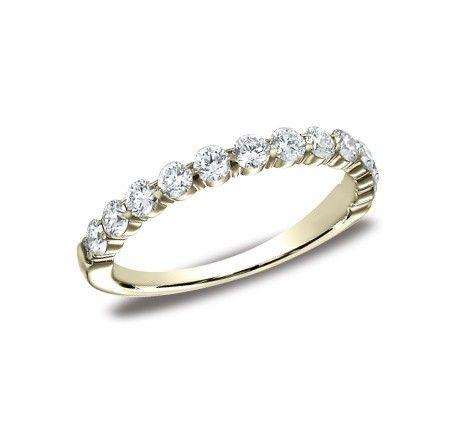 #Benchmark DIAMOND BAND 553822YG