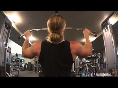 Beginners Pull Ups - How to Pull Up with 3 Easy Exercises - http://www.thehowto.info/beginners-pull-ups-how-to-pull-up-with-3-easy-exercises/