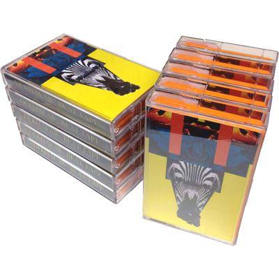 DJ KHALAB - Beat Tape (Tape)   Clap! Clap!と共にイタリアン・ニュー・ニューウェイヴを牽引するDJ Khalabの限定ビートテープをエクスクルーシヴ入荷(日本ではZEROのみ)。習作的ビートを集めたA面、リミックスなども収めたB面。ワールド・ミュージック〜トライバル・ビートの現代的料理法として最良の部類になっていると思います♪ DJ mix形式でノンストップで収録。DL用URL付。(Black Acre / ACRETAPE01)