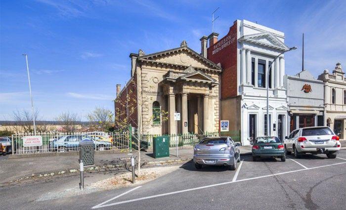 Ballarat's iconic Masonic Hall offered for sale - $675,000