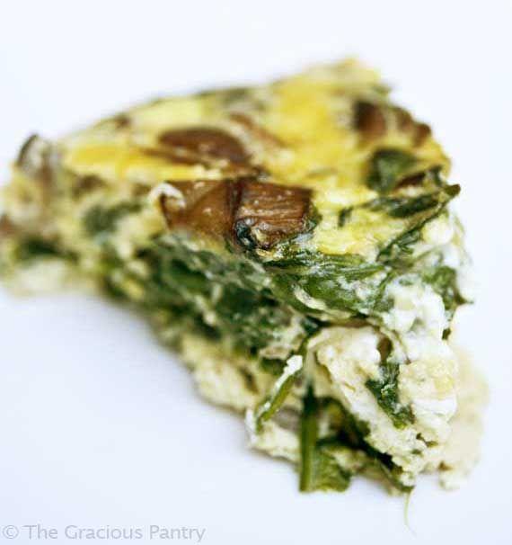 clean eating lunch *  garlic mushroom and spinach frittata