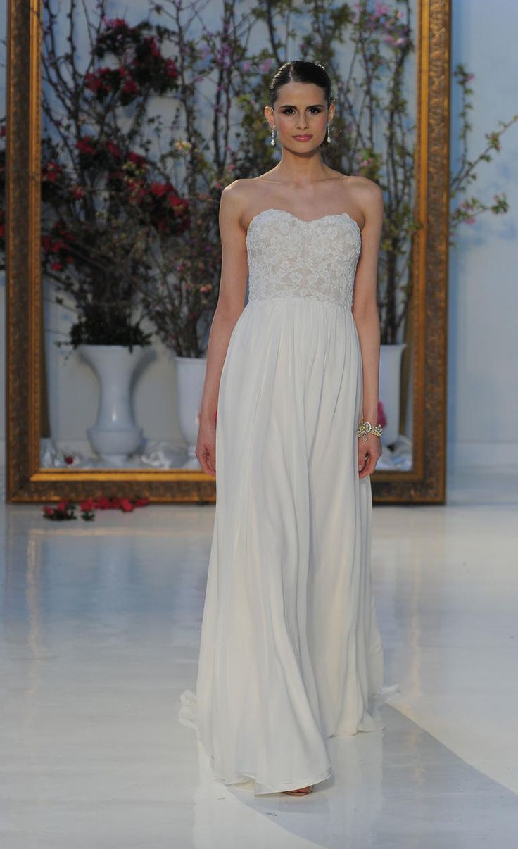 Strapless gown with lace bodice | Anne Barge Spring 2017 | https://www.theknot.com/content/anne-barge-wedding-dresses-bridal-fashion-week-spring-2017