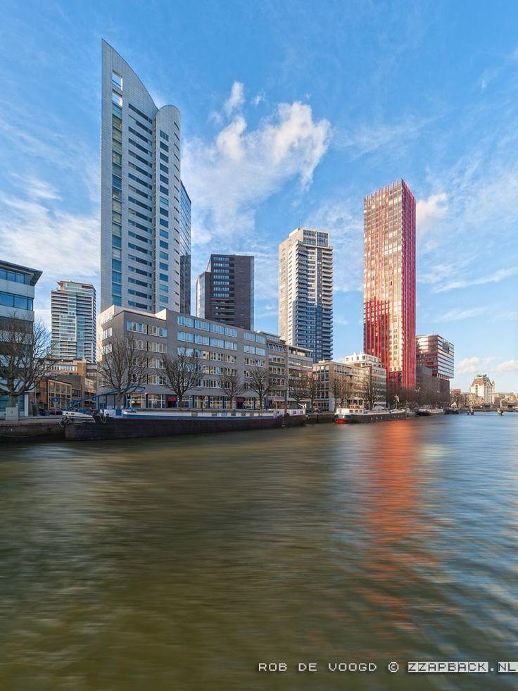 Vanmiddag de hogbouw aan de #Wijnhaven. Met Witte Huis(je). #Rotterdam #architectuur