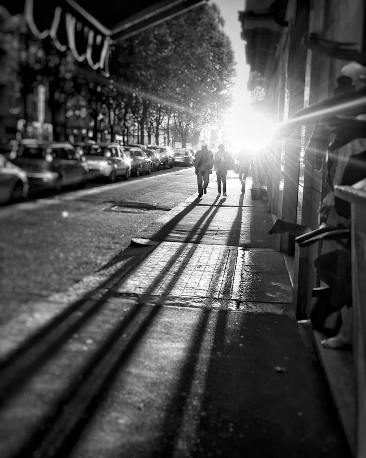 """Torino's streets 2  """"The things you are passionate about are not random they are your calling"""" #PietroParodi #blackandwhite"""