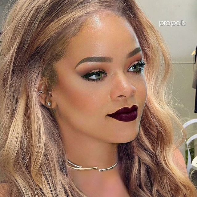 Galaxy Galaxycollection Rihanna Riri Trophywife Fentybeautygr