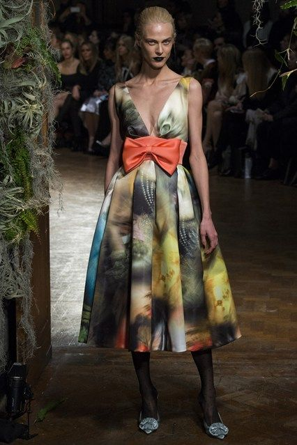 I can just see Ted Baker doing a high street edit of this beauty #Giles