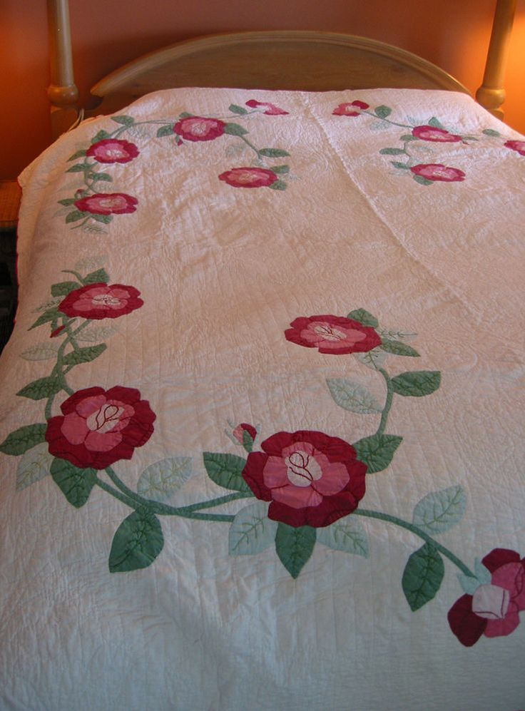 Vintage Hand Stitched Appliqued Quilt Coverlet 72 x 88 inches Roses Red Trim