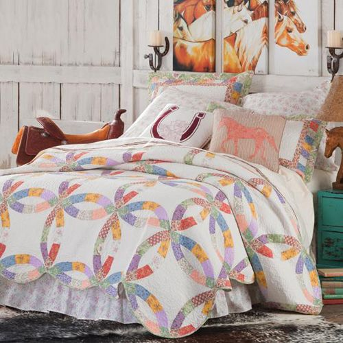 Western cowgirl quilt collection cabin bedding and for Cowgirl themed bedroom ideas
