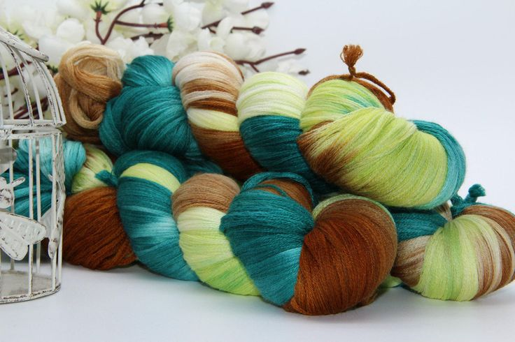 Hand dyeing,  Merino/Cashmere/silk, 284 yards/260 meters, City of Emeralds by PositiveCreative on Etsy