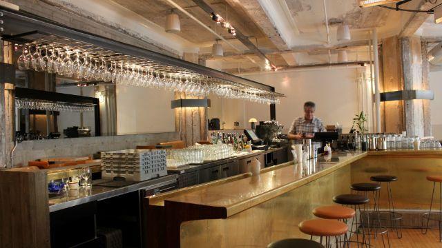 Furco Bar, juste à côté de ma job en plus...