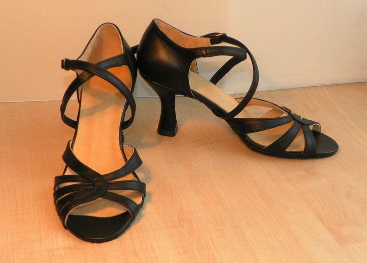 Свежие новости о турецкие туфли купить прочитайте на популярном ресурсе. Наш бутик рекомендует брендовые декор туфли по невысоким тарифам