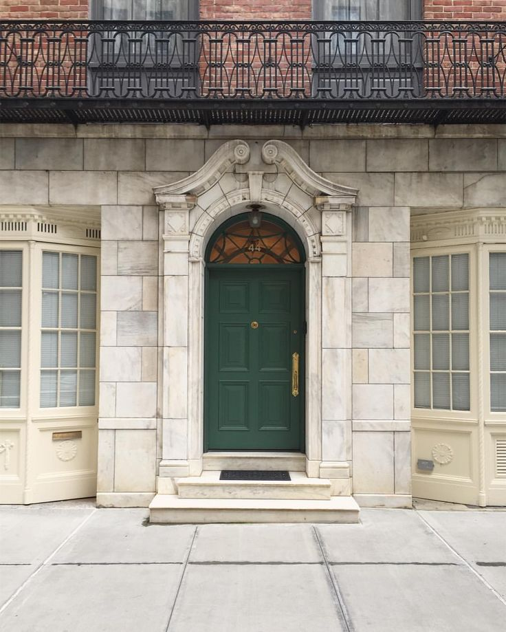 1000 Ideas About Bay Window Exterior On Pinterest Bow