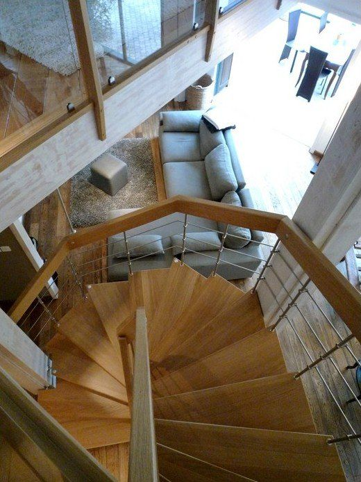 17 meilleures id es propos de escalier suspendu sur pinterest escalier design rampe. Black Bedroom Furniture Sets. Home Design Ideas