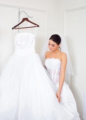 Снится я в свадебном платье