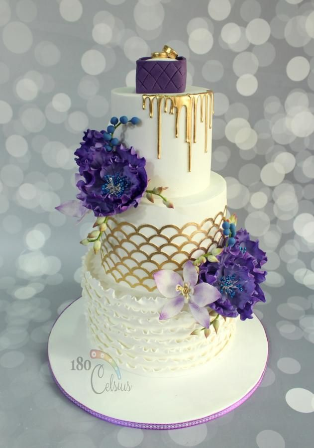 Graceful Violet by Joonie Tan - http://cakesdecor.com/cakes/280837-graceful-violet