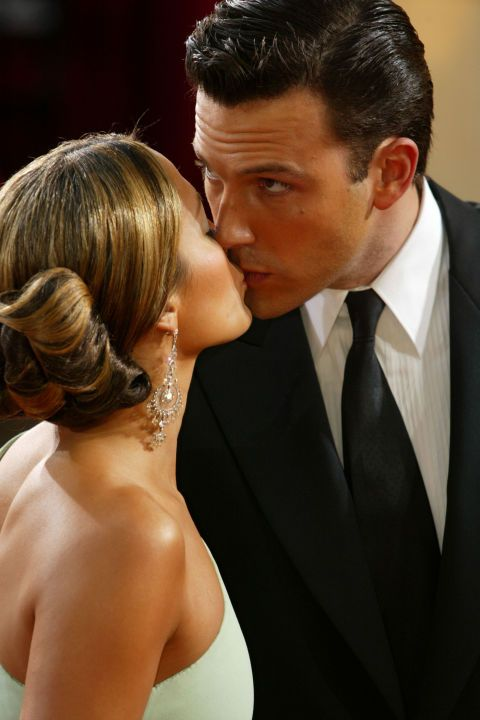 16 awkward celebrity moments you might have missed: Ben Affleck sneaks a peek while kissing Jennifer Lopez