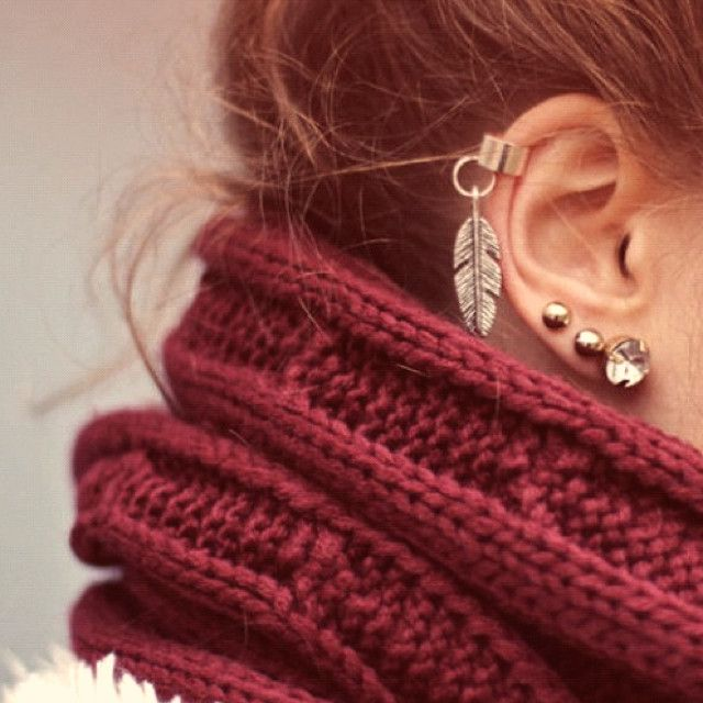 jewels earrings burgundy feather earrings scarf girl cute earrings red scarf red