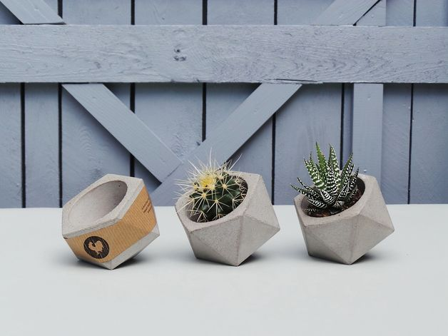 Planters – Set of 3 Geometric concrete planters for succulent – a unique product…