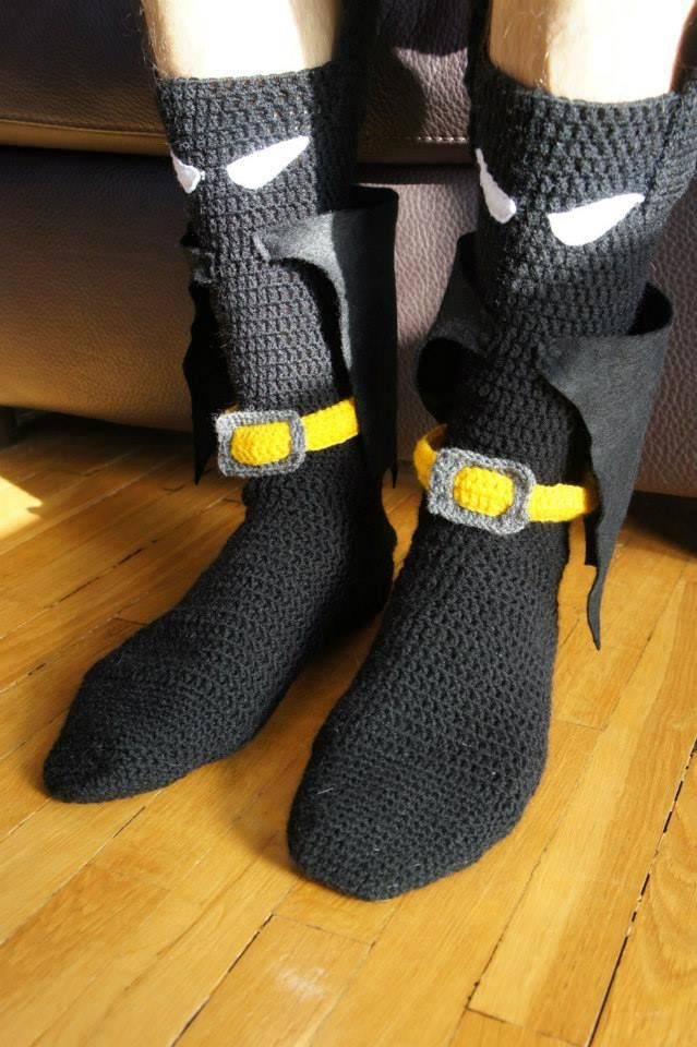 Crochet Batman socks with a cape :D - www.facebook.com/IvkinKutak